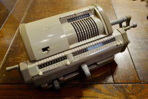 計算機(日本 1960年代)8,000yen